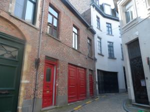 Sint-Jansvest 26 en 28 A B C - zijstraat Walpoortstraat (na 1986)