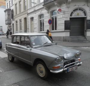 Citroën Ami 6 1961-78 - St Pietersnieuwstraat - hoek Bagattenstraat