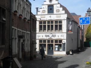 Corduwaniersstraat - t Klokhuys