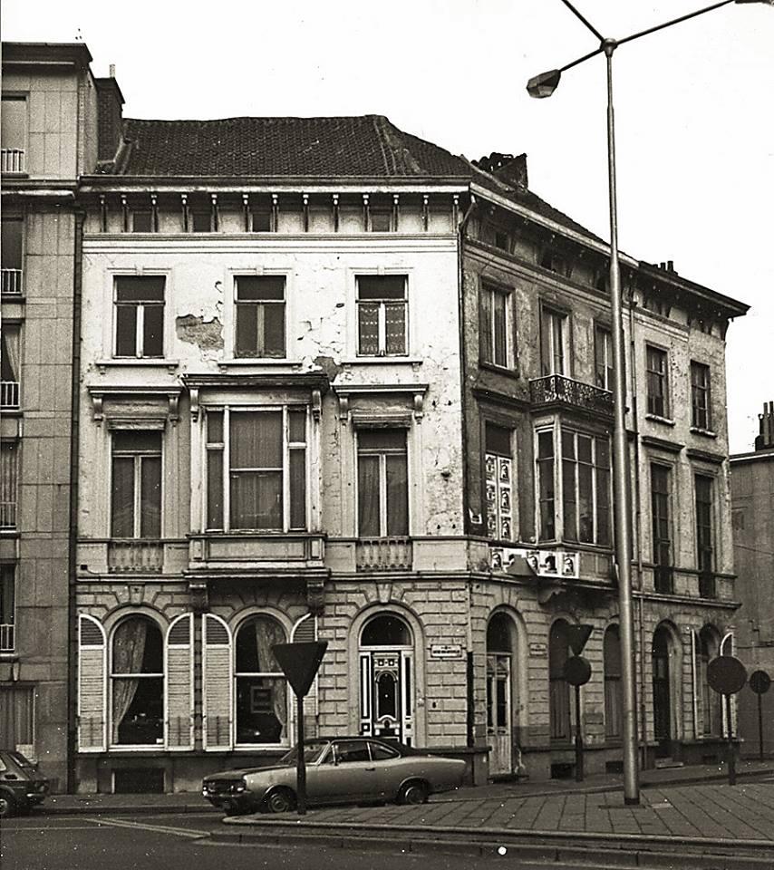 Sint-Annaplein - hoek Van Arteveldestraat - pic Marcel Vanderhaeghen