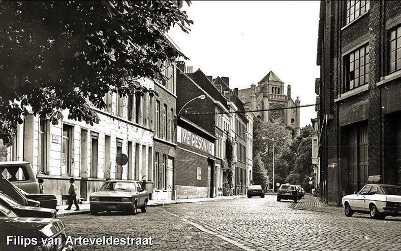 Van Arteveldestraat - Sint-Annaplein - pic Marc Polfliet