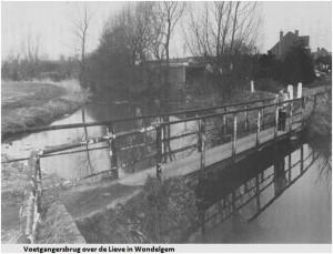 Voetgangersbrug over de Lieve in Wondelgem - pic da és mijn gent