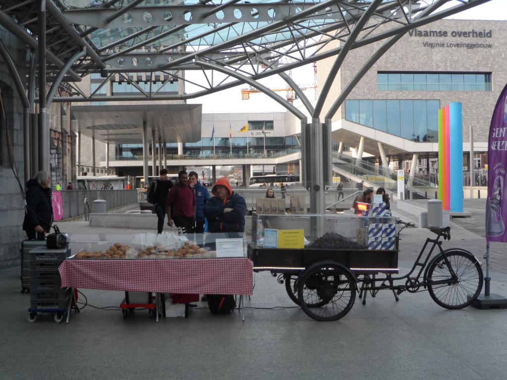 Standplaats voor neuzekes- en koekenkraam