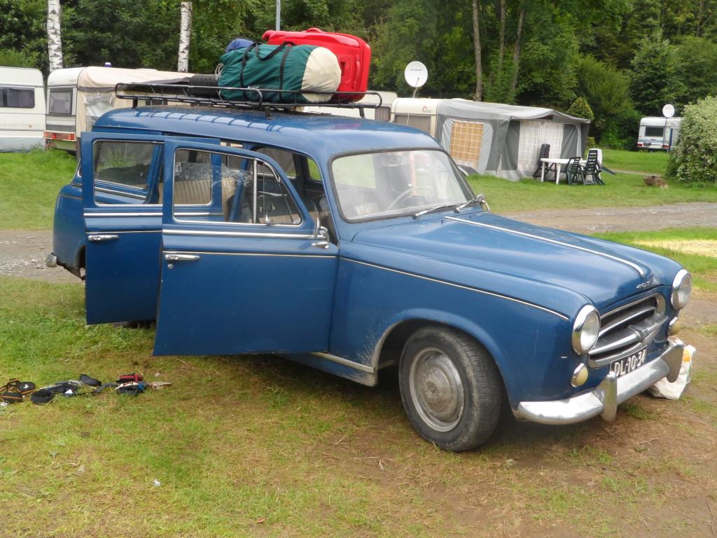 Peugeot 403 Familiale uit 1960
