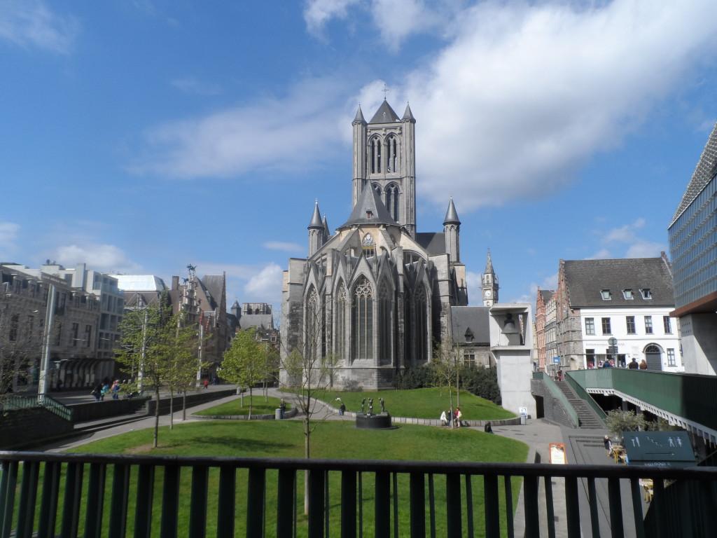 Emile Braunplein - zicht op Sint-Niklaaskerk