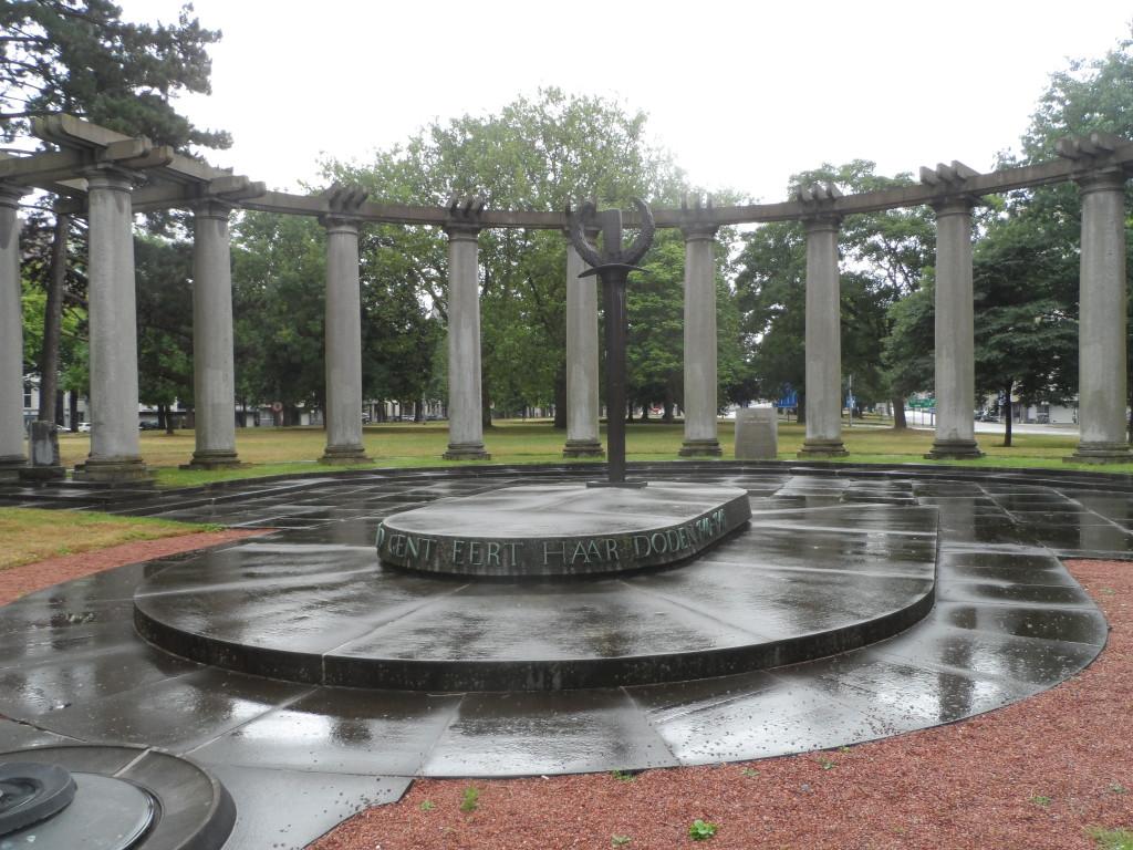 Acht Mei plein in Albertpark