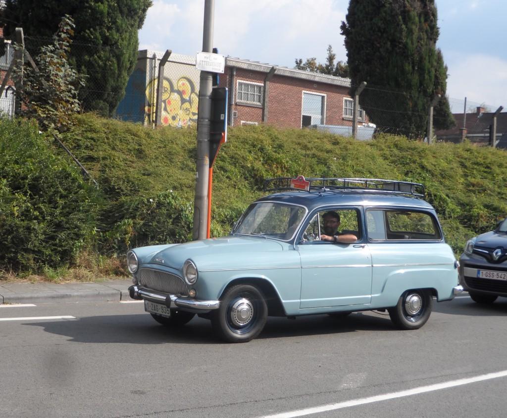 Vanuit De Pinte - Simca Aronde P60 Chatelaine uit beginjaren 1960