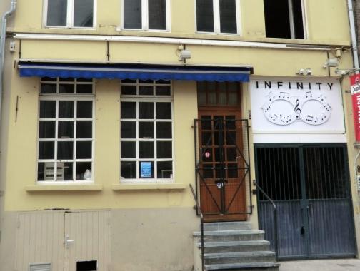 Klein Turkije - voorheen Vliegend Peerd, thans Infinity - pic opcafegaan.be