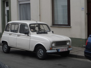 Witte Renault 4