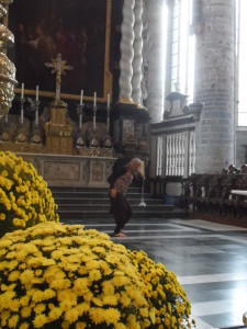 Sint-Niklaaskerk - danseres