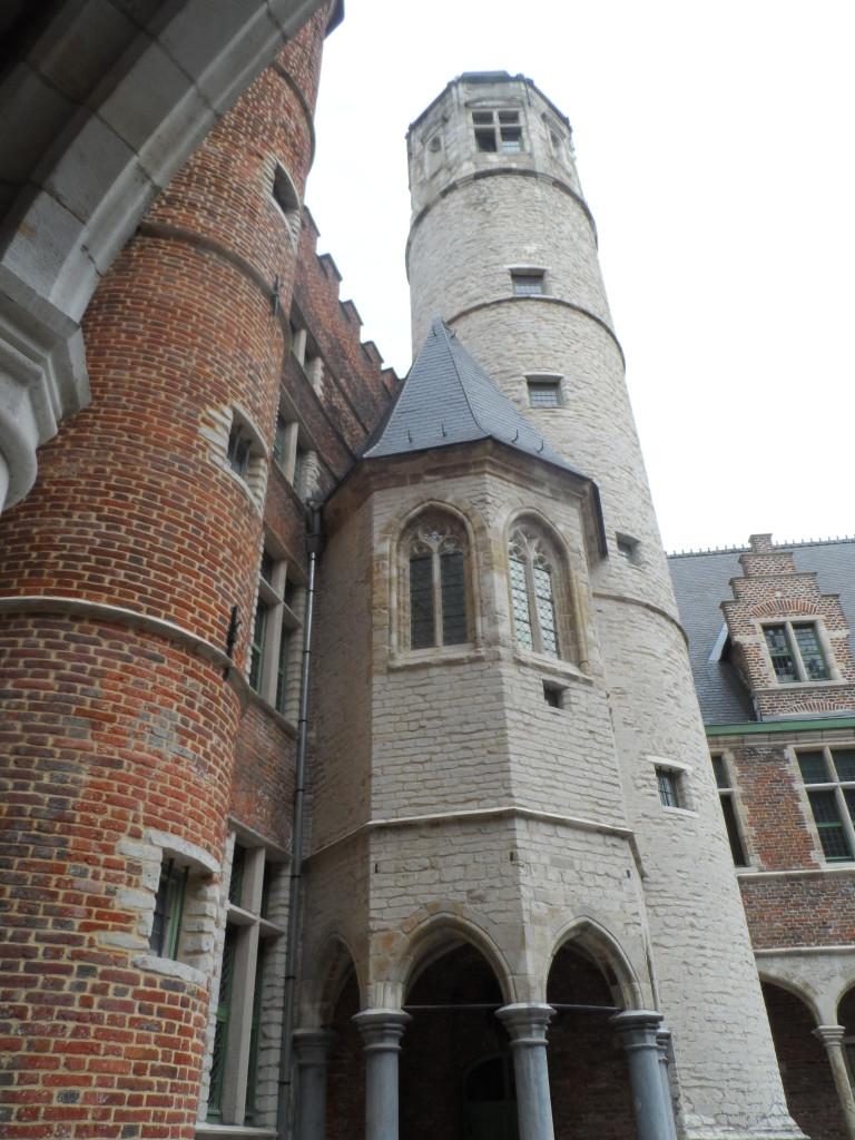 Biezekapelstraat - Achtersikkel met toren