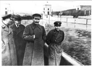 Voroshilov, Molotov, Stalin en.Nikolai Yezhov