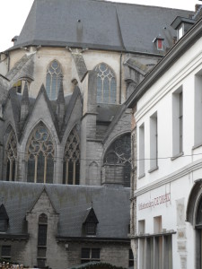 Goudenleeuwplein - Sint-Niklaaskerk