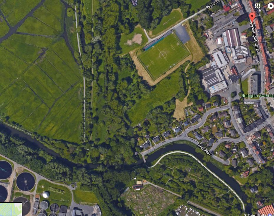Nekkersputstraat - links Bourgoijen - rechtsboven fabriek - rechts zwembad - Rooigemlaan