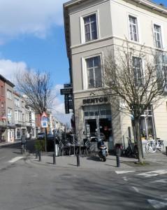 Wondelgemstraat - café Bentos
