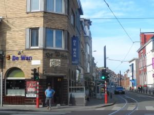 Sint-Salvatorstraat - café De Wan