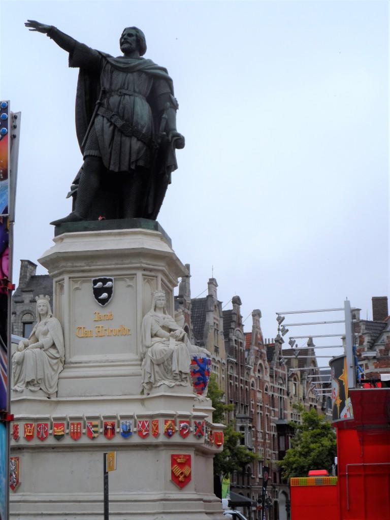 Vrijdagmarkt - Artelvelde monument