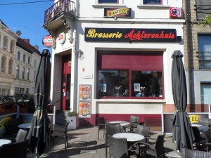 Ledebergplein - café Achturenhuis