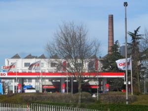 Rooigemlaan - Esso en Dreamland, waarachter vroeger UCO
