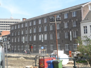 Reep - plek waar Lousbergs' fabriek stond - nu Sint- Bavo -