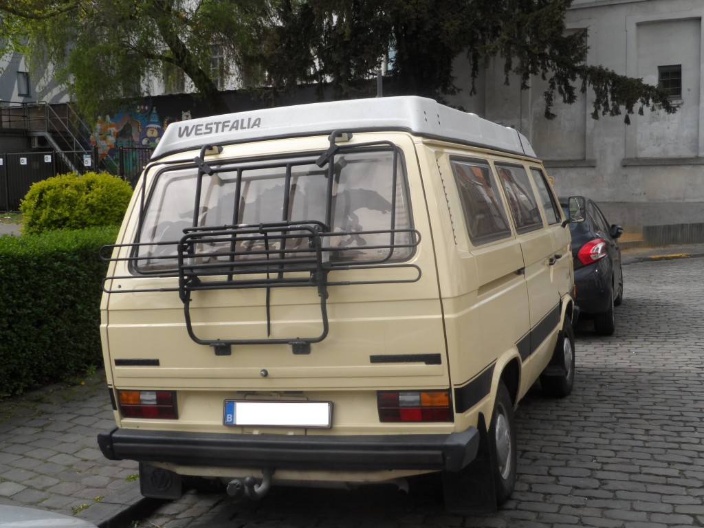 Baudelostraat - VW Camper Westfalia