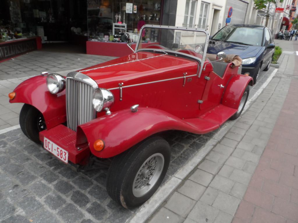 Antwerpsesteenweg - onbekende oldtimer