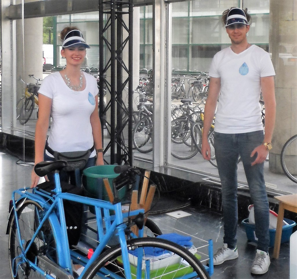 Woodrow Wilsonplein - Waterpraat, Tessa en Junior