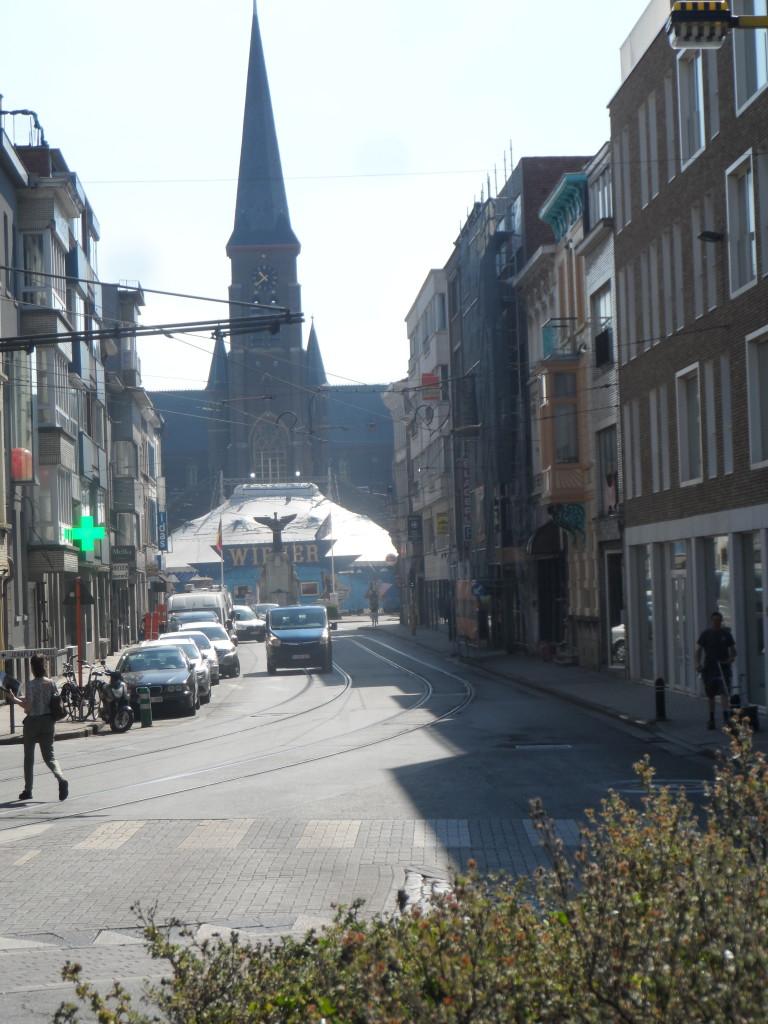 Ledebergplein – Even streek het Wiener Circus neer op het plein en verhuisde nadien naar Oostakker.