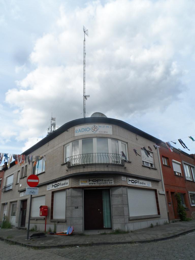 Druifstraat - Nekkersputstraat - Rooigem - Top Radio