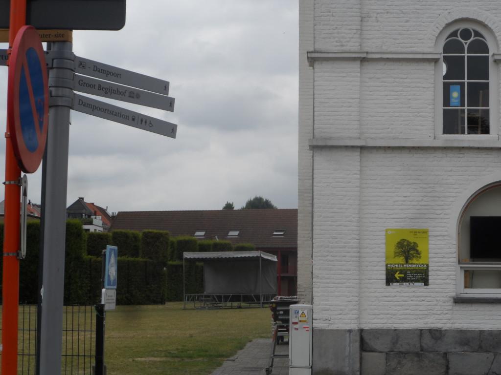 Coyendanspark – Ferdinand Lousbergskaai – De organisatie Buren van de Abdij – met tal van activiteiten en vooral bekommerd om het lot van de Sint-Baafsabdij – vierde haar tiende verjaardag.