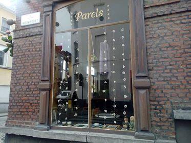 4 Nieuwpoort - hoek Oude Schaapmarkt -- café Parels (2)