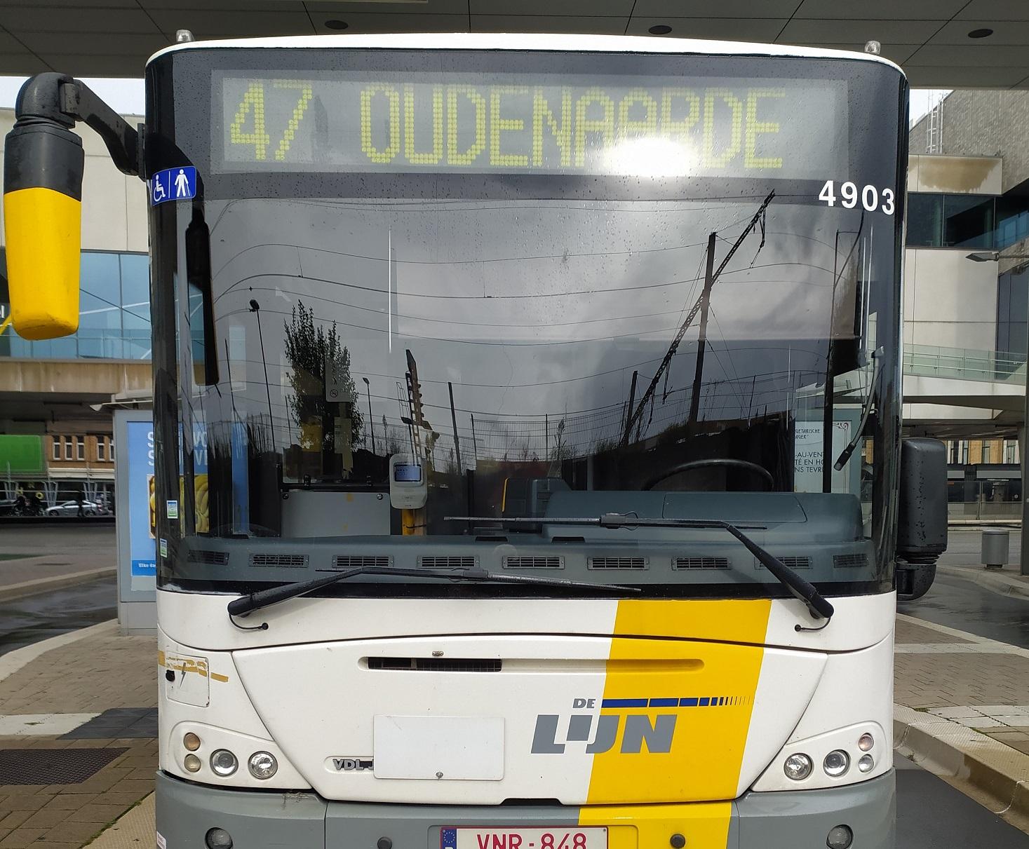 Bus- & tramdrukte aan het station
