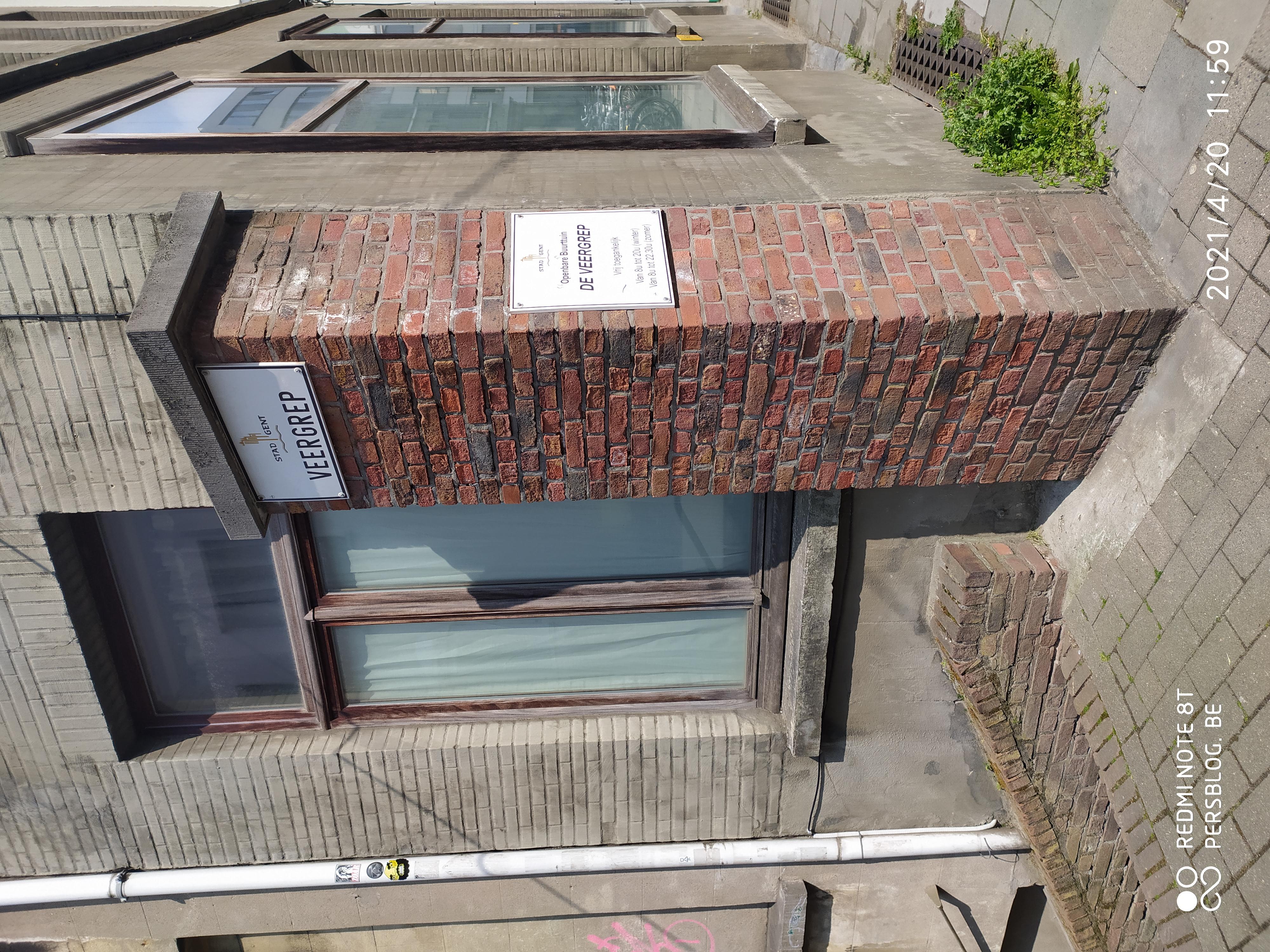 22 Veergrep - zijstraat Kortrijksepoortstraat - publieke buurtuin (1)- Leie